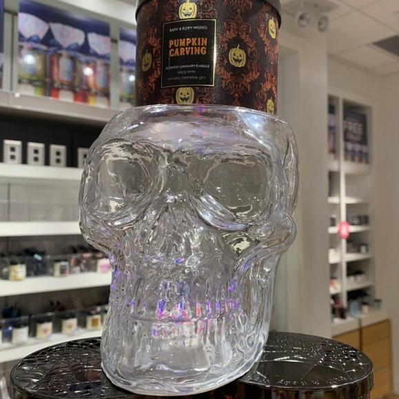 Bath & Body Works Light Up Skull Pedestal